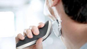 Frézkový holící strojek